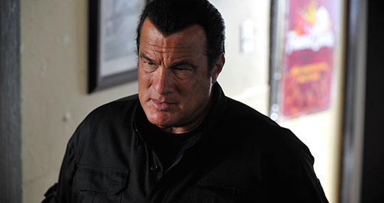 Deadly-Crossing-Seagal