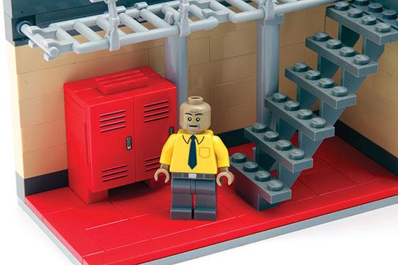 LEGO-BB-4