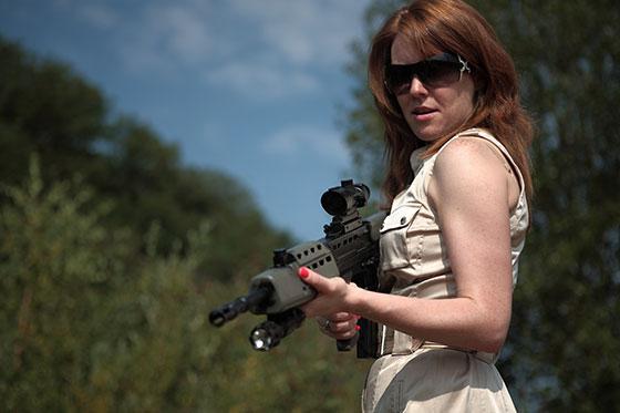 4-Aoife-Madden-with-Kalashnikov