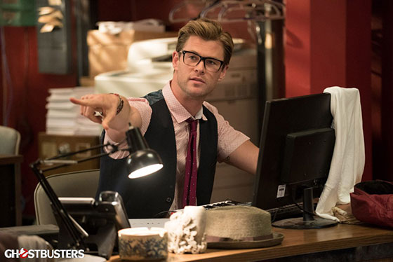 ghostbusters-cast-image-chris-hemsworth-kevin-1024x683