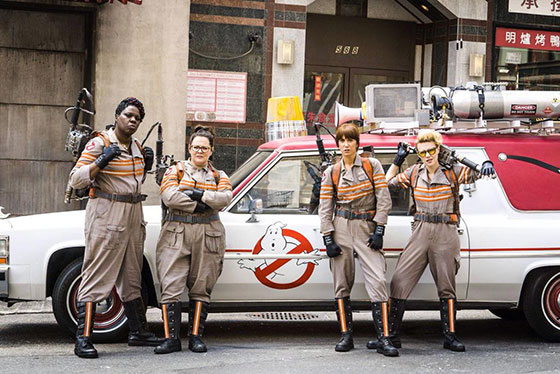 ghostbusters-cast-car