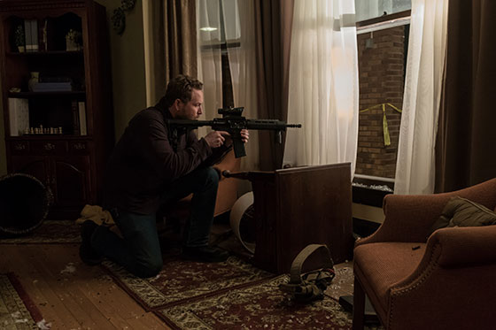 Cole-Hauser-in-Acts-of-Violence-2