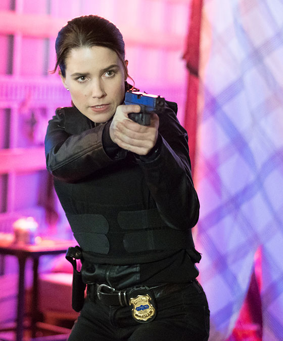 Sophia-Bush-in-Acts-of-Violence-2