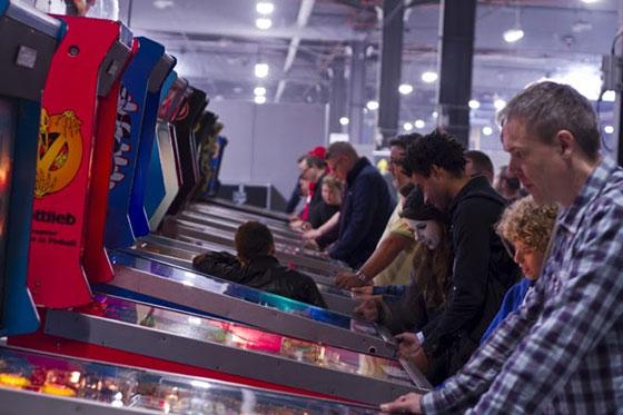 play-expo-pinball
