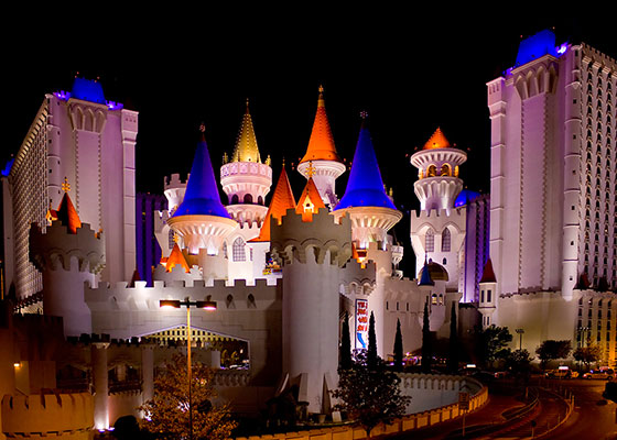 'Excalibur Casino' - Chad Davis via Flickr(CC BY-SA 2.0)