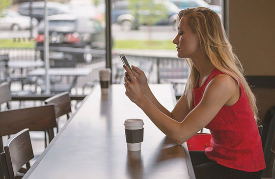 mobile-phone-cafe